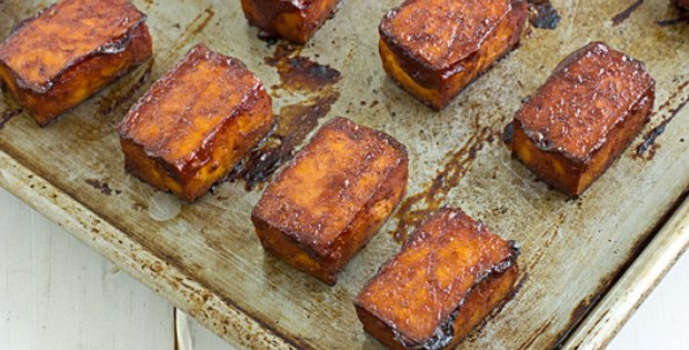 Extremely Delicious Baked Barbecue Tofu