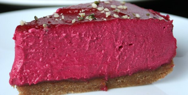 No-Bake Fluffy Velvety Cheesecake (Vegan)