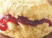 Moistly Buttery Fluffy Vegan Biscuits (In Less Than 30 Mins)