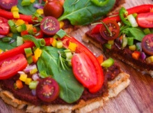 Flavor-Packed Raw Vegan Pizza (With 4 Types Of Crust)