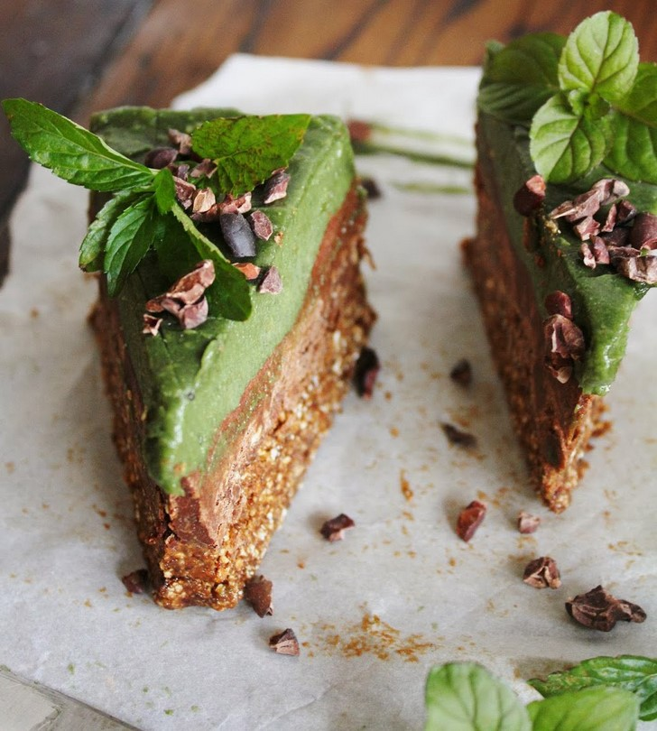 10 Insatiably Satisfying Low Fat Low Sugar Raw Vegan Desserts
