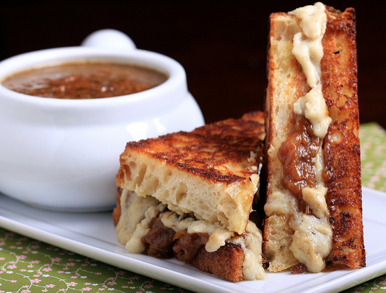 18 Swoon-Worthy Vegan Grilled Cheese Sandwiches