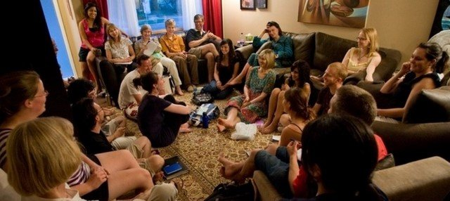 5 Ways To Enjoy Social Outings And Avoid Disasters As A Vegan