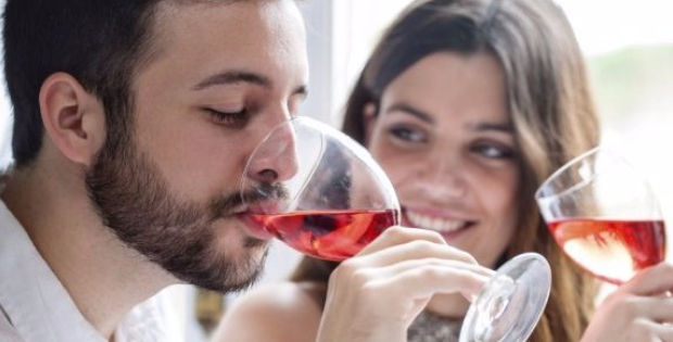 Vegan Wine Lovers Rejoice! This New Technological Breakthrough Will Give You Loads More Alternatives!