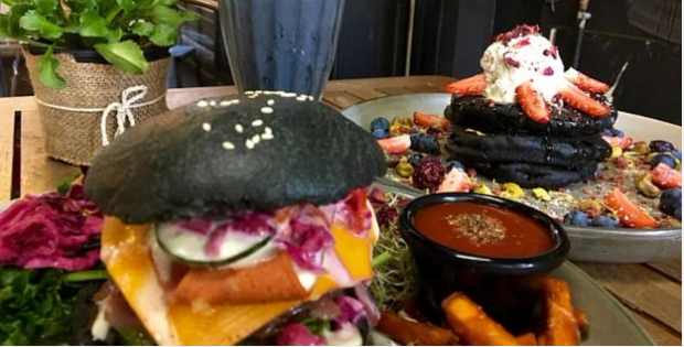 A Vegan Burger Cures Hangover Thanks To One Bizarre Toxin Cleaning Ingredient!