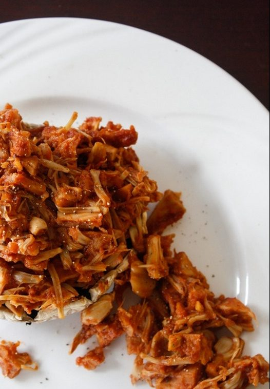 pulled jackfruit with bbq sauce