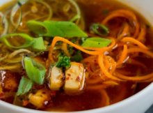 Waist-Slimming Spicy Zucchini & Carrot Noodle Soup